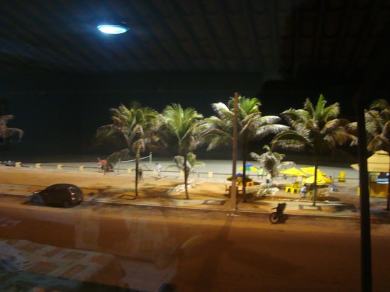 Marina Travel Praia Hotel : Vista de um dos quartos a Noite
