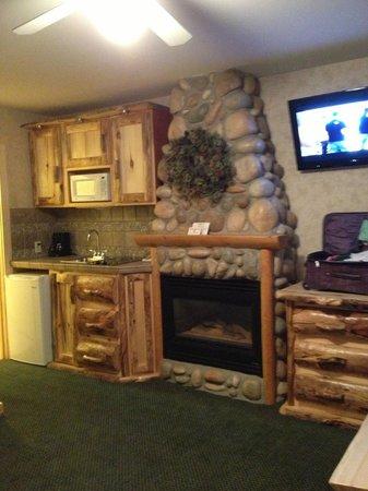 Spirit Lake Lodge: room #21