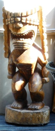 South Shore Tiki Lounge: here is one of the tiki guys