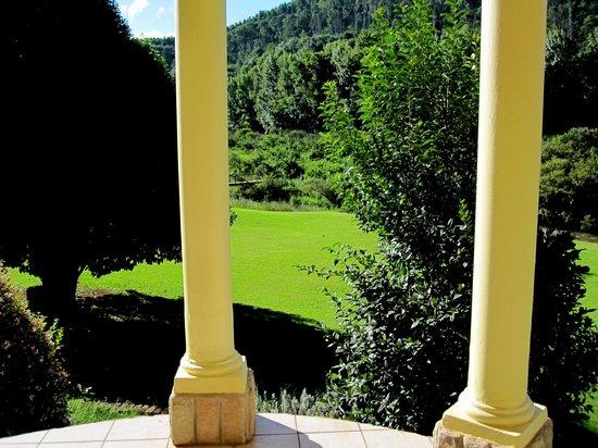 Lone Creek River Lodge: Blick aus dem Zimmer