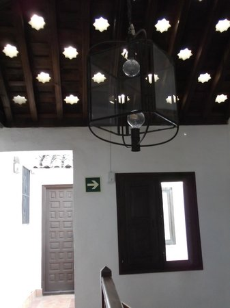 Hotel Casa del Capitel Nazari: Roof pierced with star shaped windows
