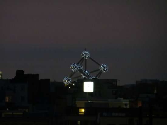 Novotel Brussels Centre: Atomium from the room