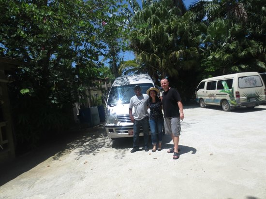 Phillip's Jamaica Tours : Just prior to leaving Kuyaba