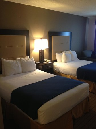 Holiday Inn Express West Atlantic City: Updated room