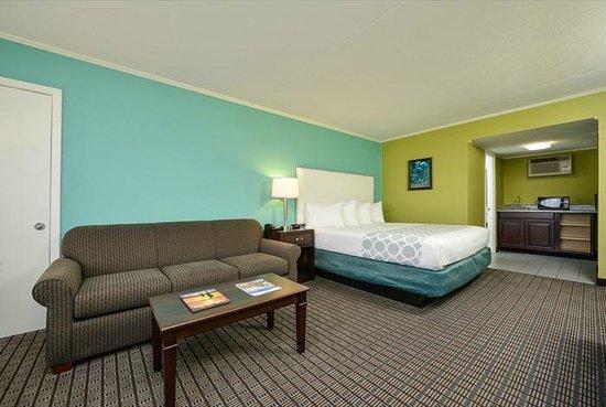The Mermaid Inn: Guest room