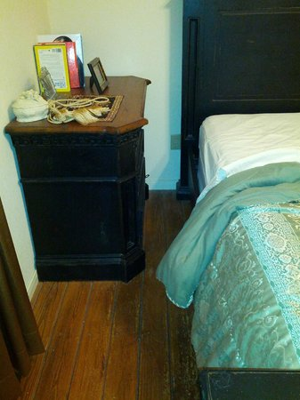 River Lodging B & B : lack of space master bedroom