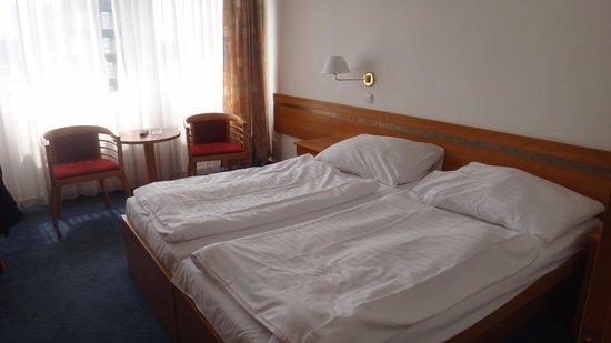 Hotel Ilf : ILF 1