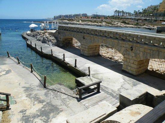 Palio's Restaurant at The Westin Dragonara Resort Malta: The old boathouse as you walk in