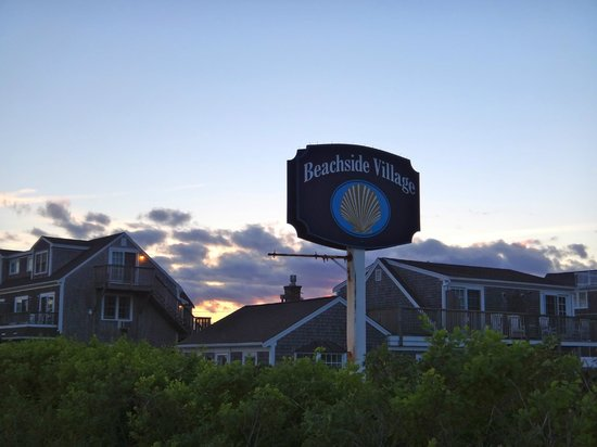 Beachside Village : Entrance to the resort