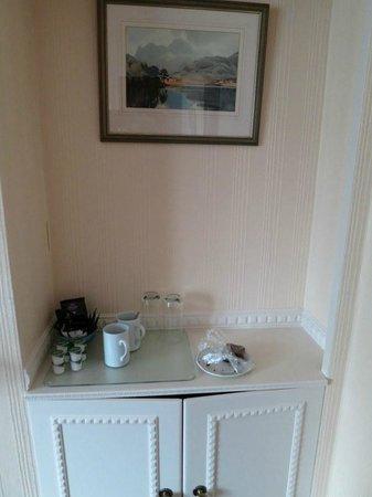 Cranford Guest House MacDonald Room Hospitality tray