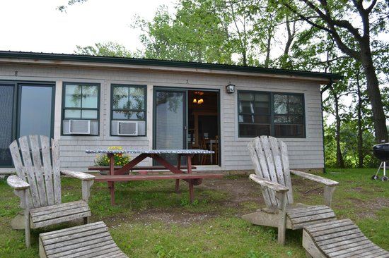 Holiday Harbor Lodge: #7