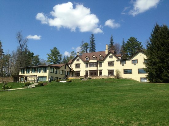 Seven Hills Inn Manor