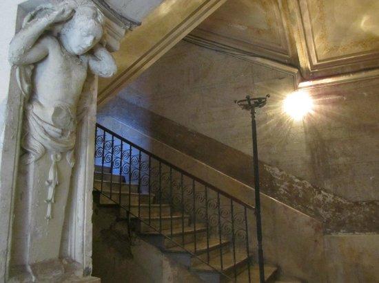 B&B Il Caravaggio : ingresso del palazzo