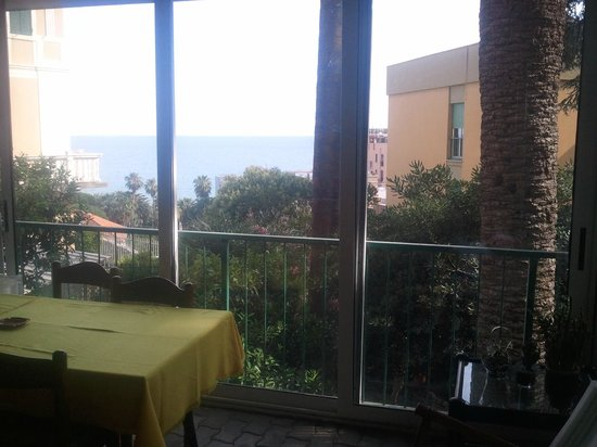 Hotel Deutsche Familien : Vista dal ristorante