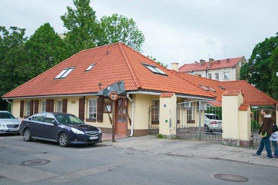 Dvaras Hotel: Outside