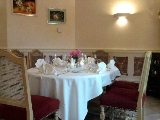 Hostellerie Bressane: Salle du Restaurant