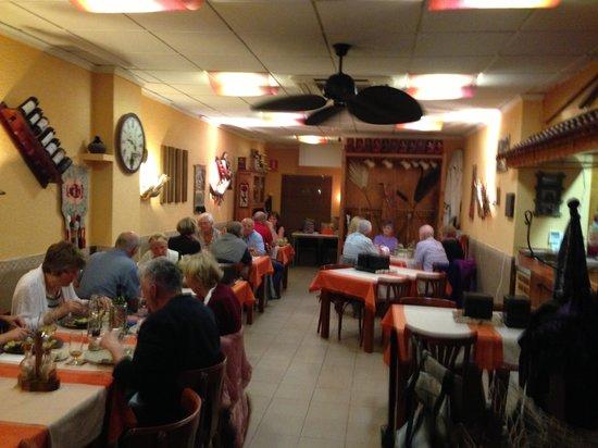 El Albir, Spanien: Noche en Dea Restaurante