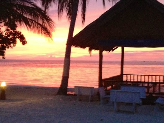 Seaboard Bungalows: Sunset on Haad Yao
