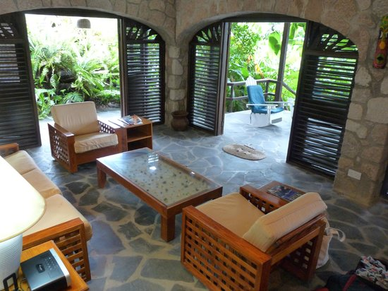 Stonefield Estate Resort: Bougainvillea living area