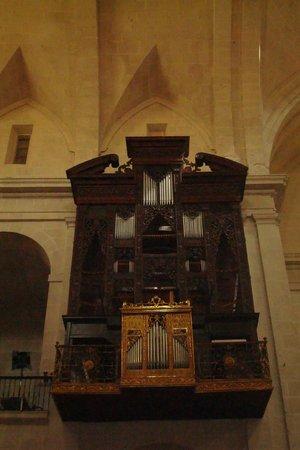 Concatedral de San Nicolás de Bari: Organ