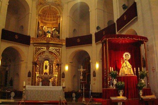 Concatedral de San Nicolás de Bari: Altar