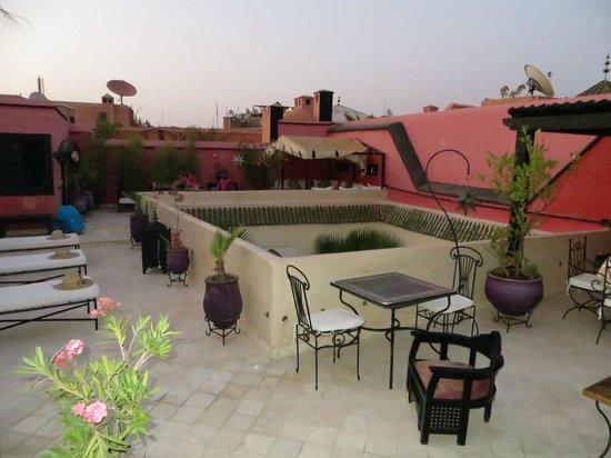 Riad Libitibito : Terrasse sur le toit du Riad