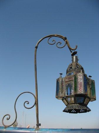 Riad Zara: La lanterne magique