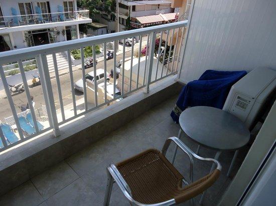Majestic Hotel: Balcony