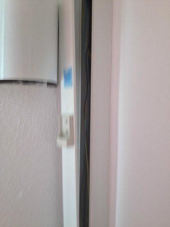 TRH Magaluf: Ducktin hanging off wall