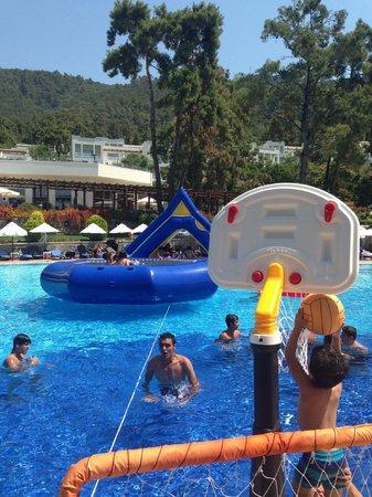 Rixos Premium Bodrum: Ana havuz 3