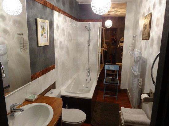 Villa Mon Repos : Bathroom