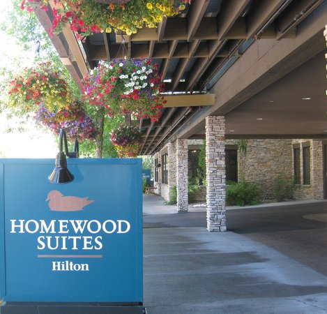 Homewood Suites by Hilton Jackson: outdoor front entrance