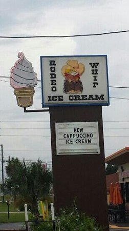 Rodeo Whip: signage