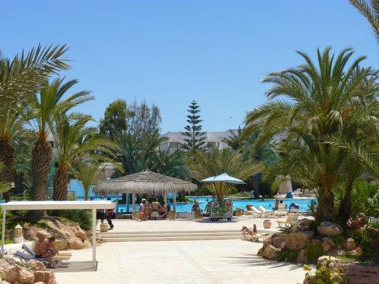 Vincci Resort Djerba : Vue sur la piscine