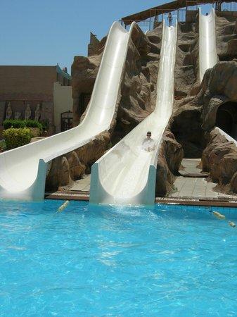 Parrotel Aqua Park: the slides