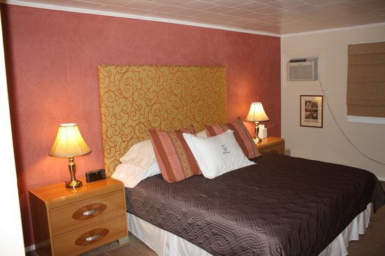 Barron Brook Inn: Our lovely enviro-friendly room!