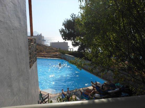 Yperia Hotel: vue de notre chambre