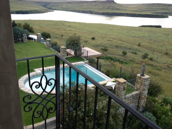 Wild Horses Lodge : View from the Zebra room