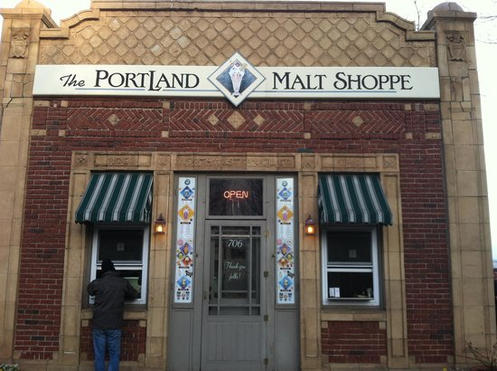 PortLand Malt Shoppe: Interesting Building Architecture