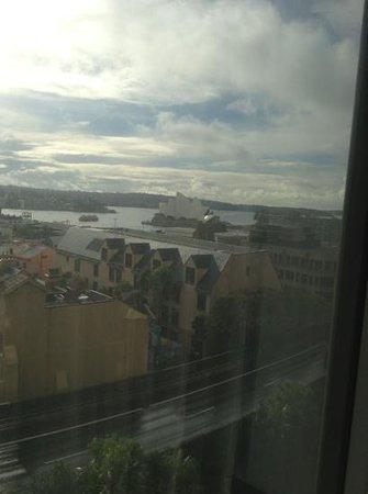 Shangri-La Hotel Sydney: Add a caption