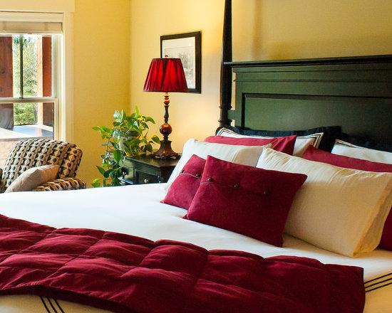 Stowe Meadows: Alpine Suite - King Tempurpedic bedding, luxurious linens