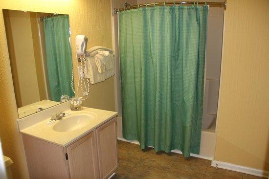 Massanutten Resort: Bathroom
