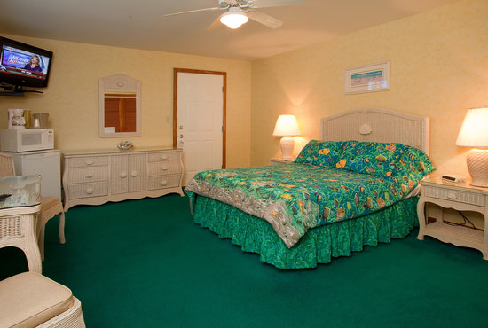 Imperial 500 Motel: Breezway Room