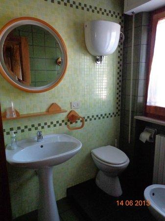 B&B Francesco in Assisi: Toalete da Camera 1