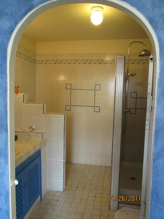 Le Clos du Rempart: Bathroom