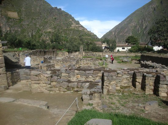 Patacancha  Valley: Vista de Ollantaytambo.