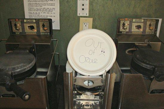 BEST WESTERN PLUS Newport Beach Inn : don't expect hot waffles!