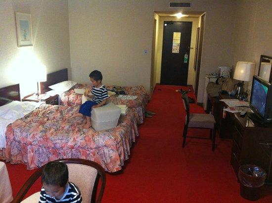 Urabandai Royal Hotel: 室内。かなり広いです。