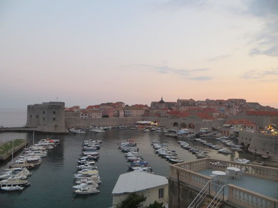 Nives Racic's Apartments: View at twilight from Ploce #1apartment