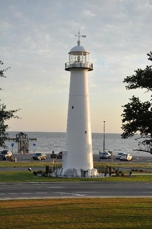Biloxi Lighthouse : View of the lighthouse and pier.
